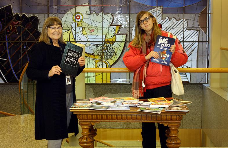 The Icelandic Comics Society donates Icelandic comics to the National and University Library